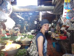 Phnom Penh Russian Market food section!