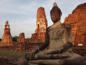 Sunsets on Wat Mahathat