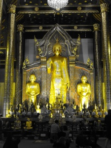 The main shrine at Wat Phra Singh