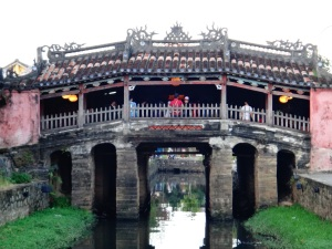 The old Chinese Bridge which actually contains a temple half way across