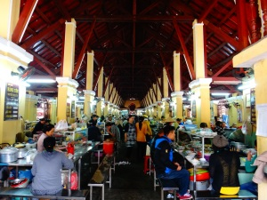 Into the depths of Hoi An market